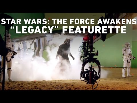 """Star Wars: The Force Awakens """"Legacy"""" Featurette (Comic Con Experience, Brazil)"""