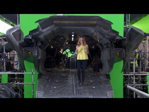 'Avengers: Age of Ultron' On-Set Exclusive: What Makes the Sequel Bigger & Better?