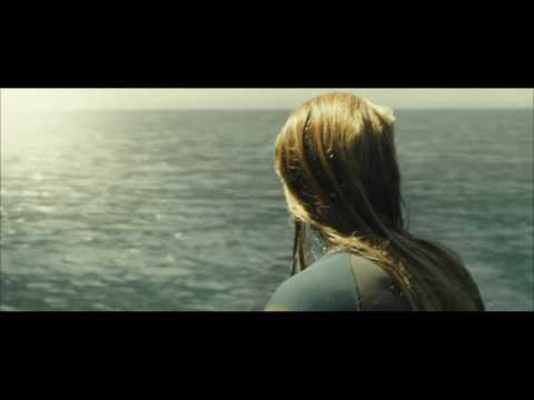 The Shallows // Clip - The Attack (NL/FR sub)